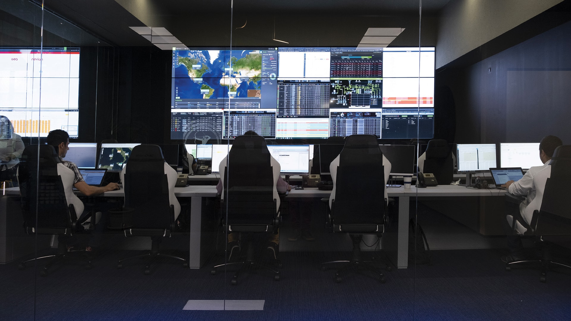 BaxEnergy Monitoring & Control Room full